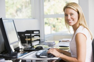 woman utilizing virtual office in home based business