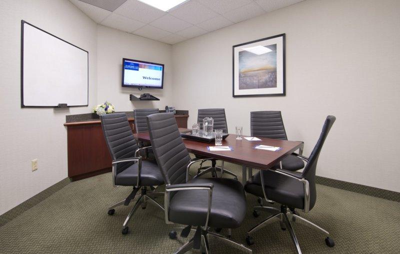 1284-4_Plymouth-Meeting_Conf-Room-800x509.jpg