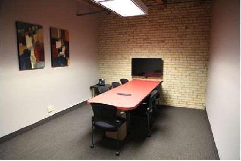 1330-03Minneapolis_Meeting-Room-1-800x535.jpg
