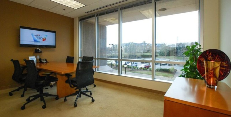 1333-03.Exterior-Conference_Room_Charlotte-800x406.jpg