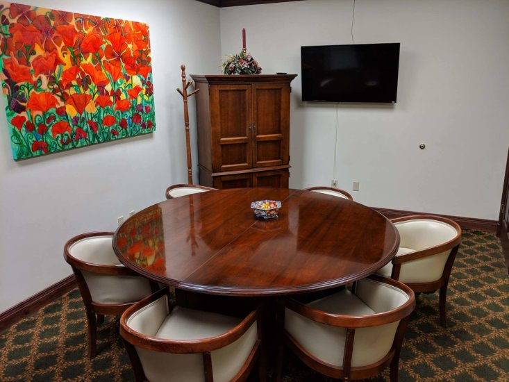 1341_Evansville_Opus_Virtual_Office_Conference_Room_2-733x550.jpg