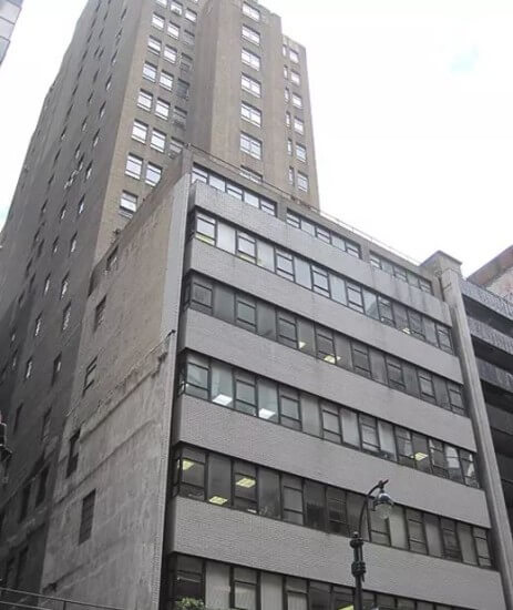 211 East 43rd Street, New York, NY 10017