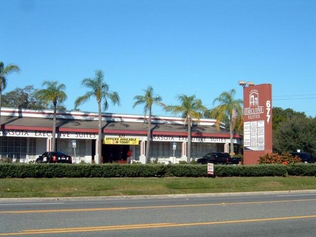 677 North Washington Boulevard, Sarasota, FL 34236